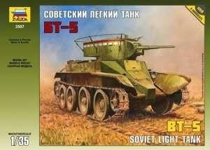 Zvezda 3507 BT-5 Soviet light tank