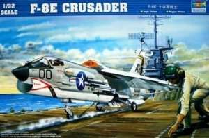 Fighter F8E Crusader Trumpeter 02272