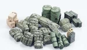 Modern U.S. Military Equipment Set scale 1-35