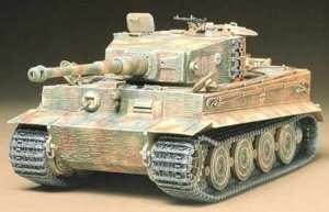 Tamiya 35146 German Tiger I Tank late version