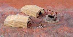 Desert Well and Tents in scale 1-72 Italeri 6148