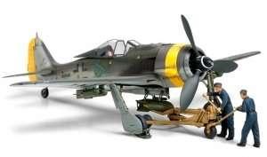 Tamiya 61104 Focke-Wulf Fw190 F-8/9