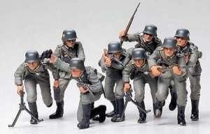 German Assault Troops in scale 1-35 Tamiya 35030