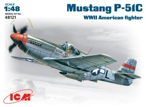 Model ICM 48121 Mustang P-51C WWII American fighter