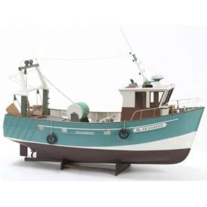 Trawler Boulogne Etaples wooden model Billing Boats BB534 in 1-20