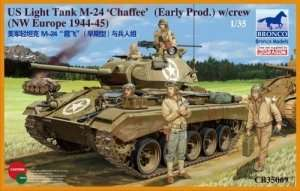 American Light Tank M24 Chaffee (WWII Prod.) with Tank Crew Set 1:35