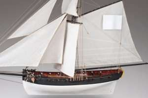D009 Le Cerf wooden ship model kit