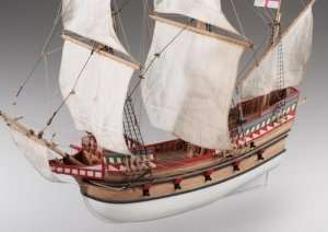 D017 Golden Hind wooden ship model kit