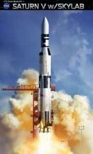 Saturn V w/Skylab in scale 1-72 Dragon 11021