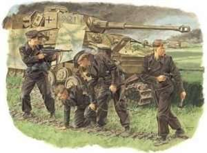 Survivors, Panzer Crew (Kursk 1943) in scale 1-35
