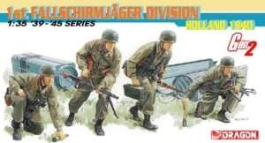 1st Fallschirmjager Division Holland 1940 - in scale 1-35