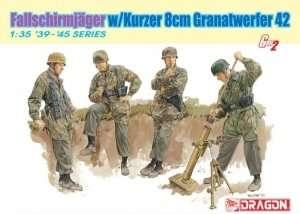 Fallschirmjager w/Kurzer 8cm Granatwerfer 42 Dragon 6373