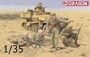Afrika Korps Panzergrenadier El Alamein 1942 in scale 1-35 Dragon 6389