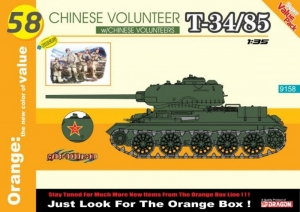 Chinese Volunteer T-34/85 with Chinese Volunteers Cyber Hobby 9158
