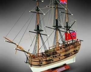 HMS Endeavour - Mamoli MM18 - wooden ship model kit