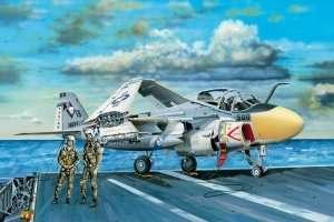 Grumman A-6E Intruder in scale 1-48 Hobby Boss 81709