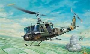Italeri 040 UH-1B Huey