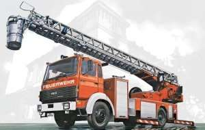 Iveco Magirus DLK 26-12 Fire Ladder Truck in scale 1-24