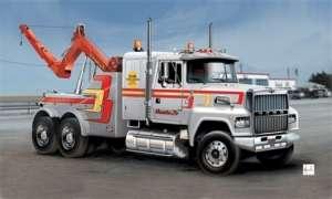 US Wrecker Truck - model Italeri in scale 1-24