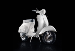 Vespa 125 Primavera model Italeri 4633 in 1-9