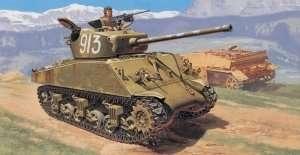 Italeri 6483 czołg M4A2 76mm Wet Sherman