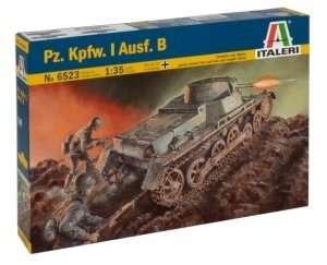 Tank model Pz.Kpfw.I. Ausf.B in scale 1-35