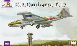 English Electric Canberra T.17 scale 1:144