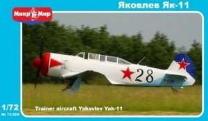 Yakovlev Yak-11 Soviet training aircraft in 1:72