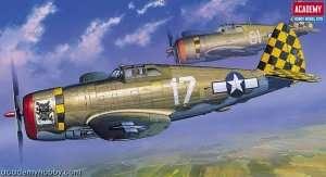 Model Academy 12492 myśliwiec Republic P-47D Razor-Back