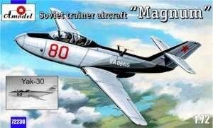 Yak-30 - Magnum - Soviet training aircraft scale 1:72