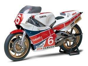 Yamaha YZR500 (OW70) Taira Version model Tamiya in 1-12