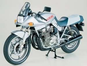 Tamiya 16025 Suzuki GSX1100S Katana