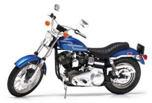 Tamiya 16039 Harley-Davidson FXE 1200 Super Glide