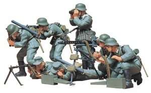 German Machine Gun Troops in scale 1-35 Tamiya 35038