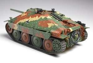 Hetzer German tank destroyer in scale 1-35