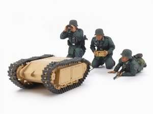 German Assault Pioneer Team and Goliath set in scale 1-35