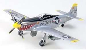 North American F-51D Mustang in scale 1-72