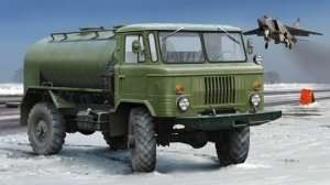 Russian GAZ-66 Oil Tanker in scale 1-35 Trumpeter 01018
