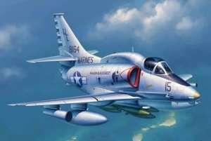 Model A-4M Skyhawk scale 1:32
