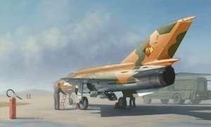 Model Soviet fighter MiG-21MF Fishbed J 1:48