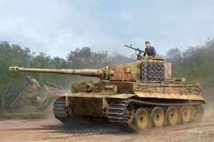 Pz.Kpfw.VI Ausf.E Sd.Kfz.181 Tiger I Medium Production w/Zimmerit in 1-35