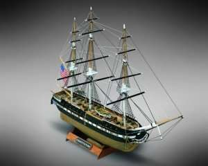USS Constitution - Mamoli MM64 - wooden ship model kit