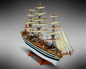 Amerigo Vespucci - Mamoli MM10 - wooden ship model kit