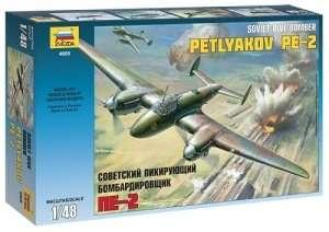 Zvezda 4809 Petlyakov Pe-2 Soviet Dive Bomber