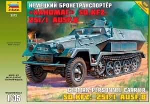 Zvezda 3572 Hanomag SdKfz-251/1Ausf.B German Personnel Carrier