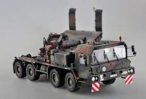 Faun SLT-56 Tank Transporter in scale 1-35 Trumpeter 00203