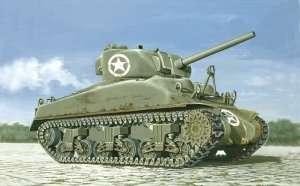 Italeri 7003 M4A1 Sherman