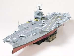 U.S. Aircraft Carrier CVN-65 Enterprise in scale 1-35 Tamiya 78007