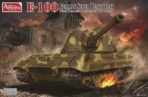 E-100 German Super Heavy Tank in scale 1-35