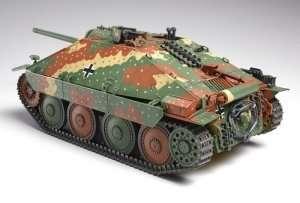 Hetzer German tank destroyer in scale 1-35